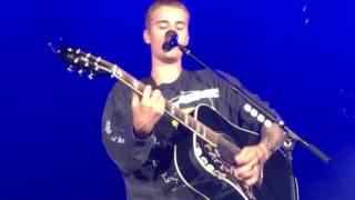 Download Lagu Justin Bieber - Cold Water / Purpose World Tour in Iceland 08.09.16 Mp3