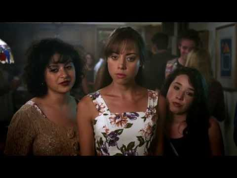 The To Do List (Green Band Trailer)
