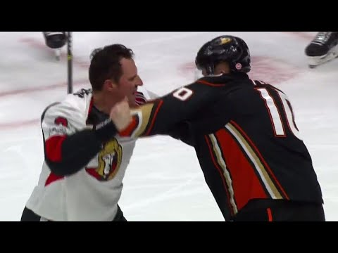 Video: Ducks' Perry stands up for himself after being dumped into Senators net by Phaneuf