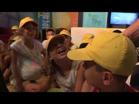 BAMBINI DEL CENTRO ESTIVO MAGICABULA IN VISITA A IMPERIA TV