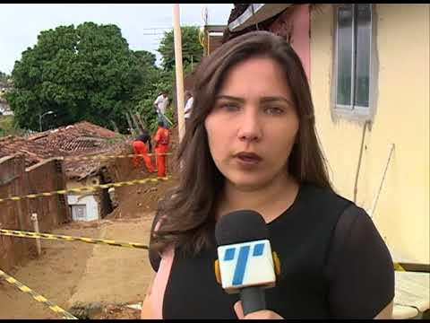 [JORNAL DA TRIBUNA] Deslizamento de barreira destrói casa em Nova Descoberta