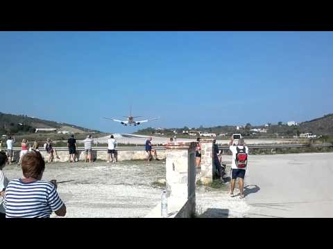 737 Landing at Skiathos Airport 2014