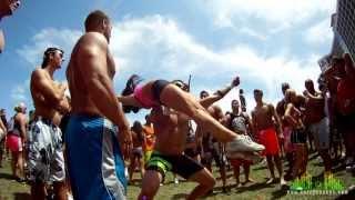 'Dream Big' cheerleading acrobatics