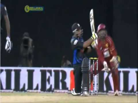 Azhar Mahmood sixes - Wayamba  vs Uva, Semi-Final, SLPL, 2012