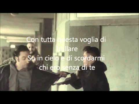 , title : 'EMIS KILLA   SCORDARMI CHI ERO OFFICIAL VIDEO +TESTO)'