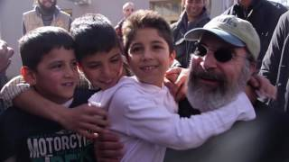 Actor and IRC ambassador Mandy Patinkin and wife Kathryn Grody travel to Greece and Serbia to meet brave and resilient refugees who are caught in a desperate and lengthy limbo.The International Rescue Committee helps people whose lives and livelihoods are shattered by conflict and disaster to survive, recover and gain control of their future.DONATE NOW: http://bit.ly/2naJLD4LEARN MOREhttps://www.rescue.org/https://twitter.com/theirchttps://www.facebook.com/InternationalRescueCommitteehttps://www.instagram.com/theirc/