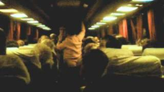Уникално ! Луд Кючек в Автобус ! Вижте го!
