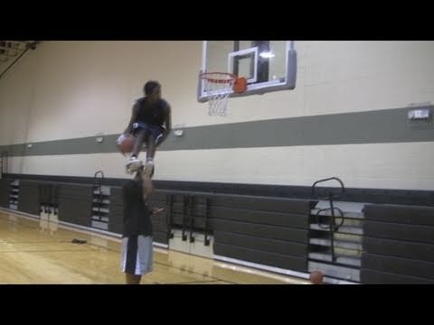 TFB::Dunks::6'4″ Justin Darlington DUNKS better than ANYONE in the NBA… (NEW DUNKS)