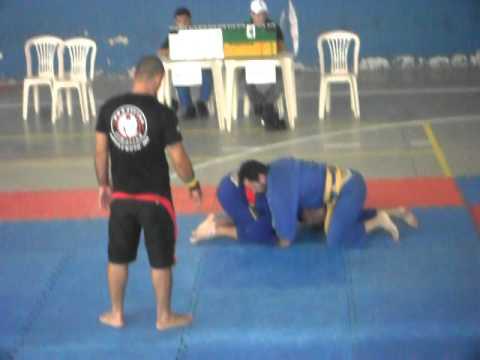 campeonato de jiu-jitsu em poço fundo