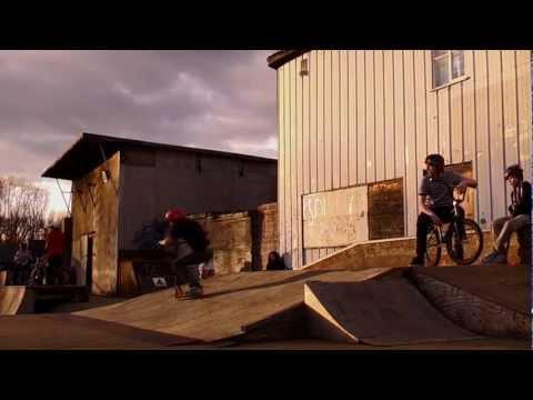 Saturday Edit | Romford skatepark