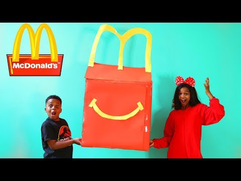 Video Shiloh McDonald's HAPPY MEAL vs McDonald's SURPRISE MEAL! - Shasha and Shiloh - Onyx Kids download in MP3, 3GP, MP4, WEBM, AVI, FLV January 2017