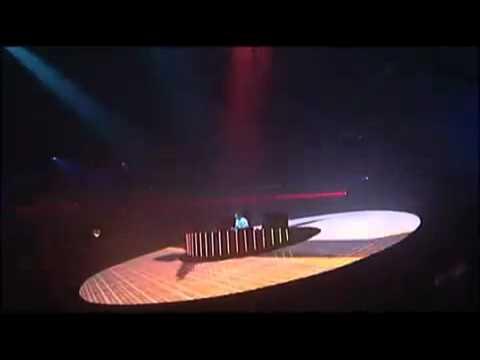 Tiësto - Traffic (Tiësto In Concert 2)