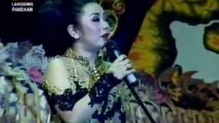Video Wayang Kulit Dalang Ki Enthus Susmono Lakon Hakekat Wahyu Kembar Bagian 2 dari 3 MP3, 3GP, MP4, WEBM, AVI, FLV September 2018