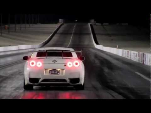 Nissan GTR vs Lamborghini Gallardo
