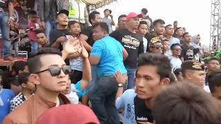 Video Pallapa ricuh parah. 1 orang dipukuli TENTARA-POLISI (Sedan - Gandri) MP3, 3GP, MP4, WEBM, AVI, FLV Maret 2018