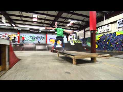 Halfpipe Thrills 2014 Montage