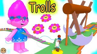 Poppy Obby Giant Dreamworks Trolls  + Rainbow Shapes Obstacle - Let