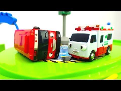 Video Tayo el pequeño autobús.Coches de servicio de juguete. download in MP3, 3GP, MP4, WEBM, AVI, FLV January 2017