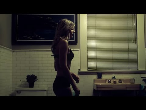 سكيس - 2011 WMG Linkin Park's international music video for