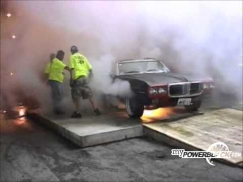 myPowerBlock: Pontiac Firebird starts fire after burnout