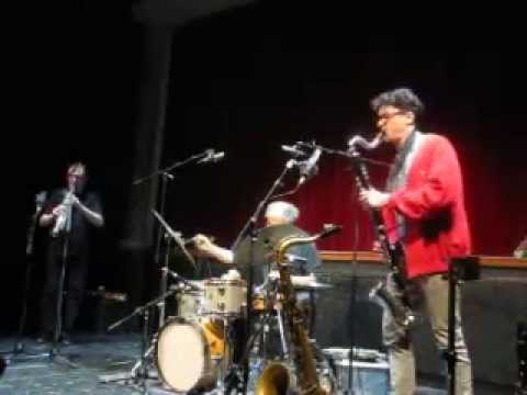 Joachim Badenhorst / John Butcher / Paul Lytton trio, live at Rataplan, Borgerhout, 2013-03-23 online metal music video by JOACHIM BADENHORST