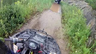 10. 2010 Arctic Cat 400 TRV 26