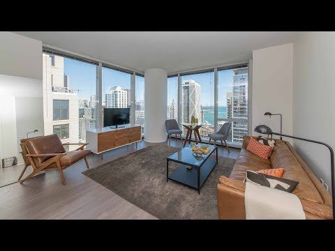 A high-floor 2-bedroom, 2-bath model at the luxurious 500 Lake Shore Drive
