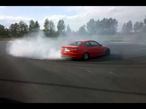 BMW E46 323ci drift