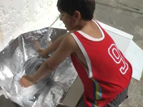 Construyendo una Estufa Solar en Familia