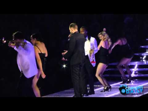 """Justin Timberlake performs """"Take Back The Night"""" Live in DC #CDTBT"""