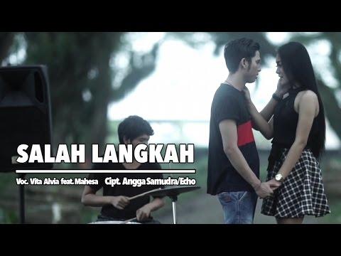 Download Lagu Vita Alvia Ft. Mahesa - Salah Langkah (Official Music Video) Music Video