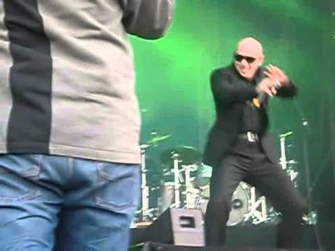 Pitbull - I'm Sexy An I Know It Live In Hannover (020612)