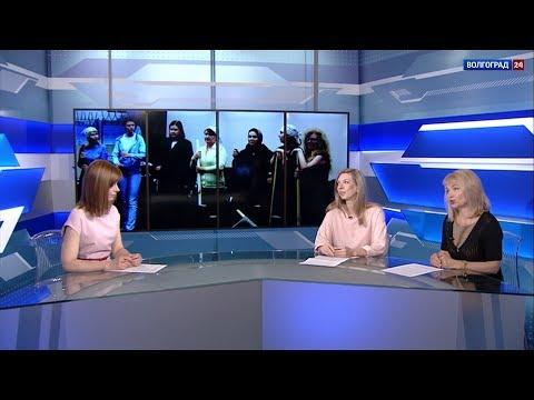 """Светлана Миронова и Марина Ковалева, участницы спектакля """"Белое платье"""""""