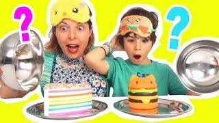 Video REAL FOOD vs SQUISHY FOOD CHALLENGE - VRAIE NOURRITURE contre GÂTEAU & DONUT SQUISHIES - Démo Jouets MP3, 3GP, MP4, WEBM, AVI, FLV Juni 2017