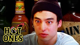 Video Joji Sets His Face on Fire While Eating Spicy Wings | Hot Ones MP3, 3GP, MP4, WEBM, AVI, FLV November 2018