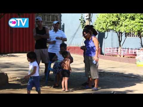 Familias del barrio 'El Paraisito' unen esfuerzos para erradicar criaderos y detener epidemias
