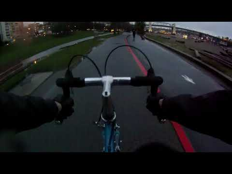 Vancouver Cycling - Your Average Rainy Day