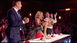 Video Judges Fight To Push The Golden Buzzer For This Act! MP3, 3GP, MP4, WEBM, AVI, FLV Maret 2019