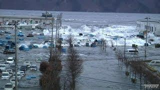 Video 宮古港に押し寄せる津波 MP3, 3GP, MP4, WEBM, AVI, FLV April 2019
