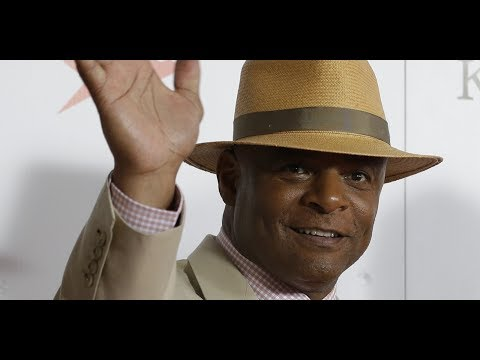 Former NFL quarterback Warren Moon accused of s exual hara ssment