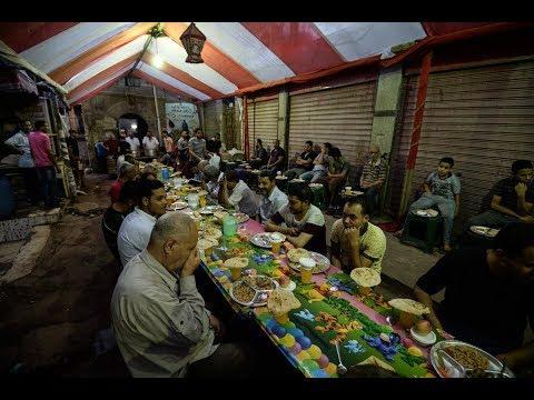لا تراويح ولا موائد رحمن في رمضان