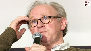 Peter Davison Interview - Who Should Be Next Doctor Who Subscribe to Red Carpet News: http://bit.ly/1s3BQ54 Doctor Who star Peter Davison answers fan ...