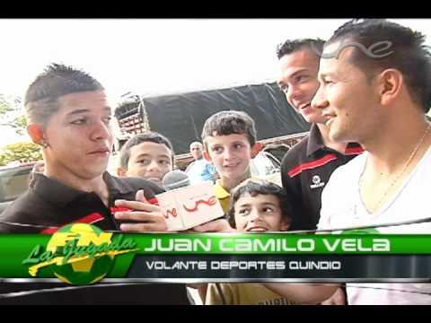 Pablo Salinas entrevista a unos compañeros