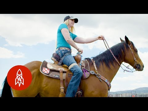 Paralyzed Horse Rider gets Back in the Saddle