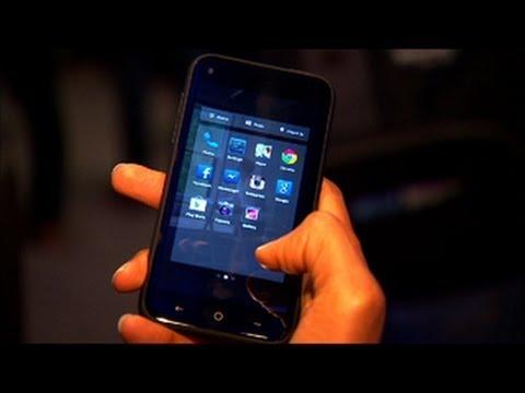 HTC trình làng điện thoại First chuyên lướt FaceBook