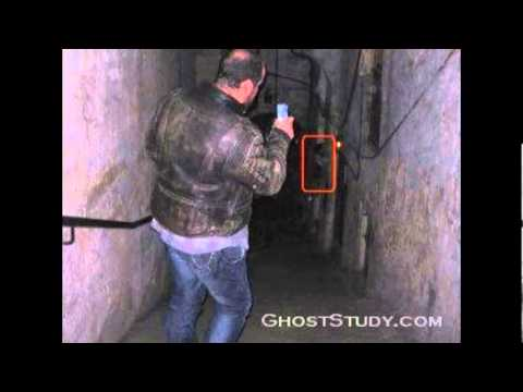 SCARIEST REAL GHOST PICTURES 2013
