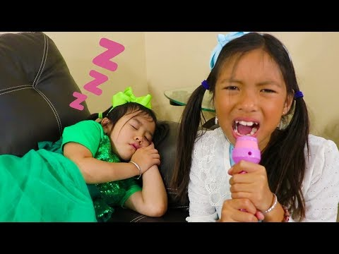 Wendy & Jannie Pretend Play Late for School Wake Up Morning Routine for Kids