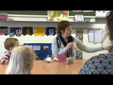 Een kijkje bij de vroegbehandeling (видео)
