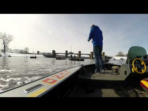 AdamWeberOutdoors  Mississippi River – Walleye FIshing March 2014 – Pool 4