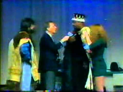 King Reginald and Queenie vs Jerry Lawler Back alley Street fight